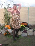 GirdleGoddess. Girdle Garden Playtime Free Pic 8