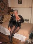 Girdle Goddess. Smoking Hot Free Pic 2