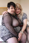 Jenny4Fun. Jenny & Double Dee In The Bedroom Free Pic 2
