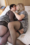 Jenny4Fun. Jenny & Double Dee In The Bedroom Free Pic 7