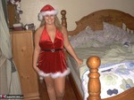 GangbangMomma. Tis the season to be naughty Free Pic