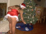 GangbangMomma. Tis the season to be naughty Free Pic 15