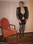 Girdle Goddess. Glittering In Gold Free Pic 1