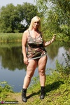 Melody. Camo By The Lake Free Pic 3
