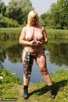 Melody. Camo By The Lake Free Pic