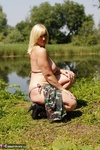 Melody. Camo By The Lake Free Pic 15