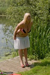 Melody. Peach By The Lake Free Pic 9