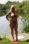 Melody. Peach By The Lake Free Pic 13