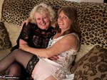 Claire Knight. On The Sofa Free Pic 1