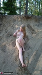 Evelina. Stripping Outdoors Free Pic 10