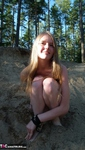 Evelina. Stripping Outdoors Free Pic 12