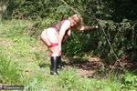 LexieCummings. Lexie out in the woods Free Pic 9