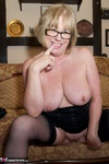 SpeedyBee. Head Mistress Speedy Free Pic 8