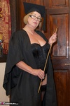 SpeedyBee. Head Mistress Speedy Free Pic 13