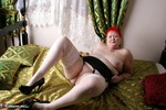 ValGasmic Exposed. Four Poster Bed Free Pic 11