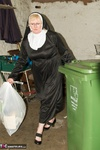ClaireKnight. Nuns On The Run Free Pic 1