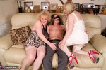 ClaireKnight. Hot Threesome Pt1 Free Pic 7