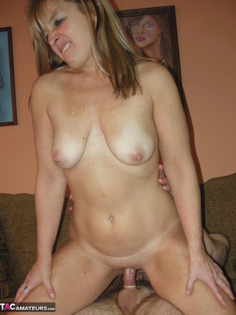 amature blonde porn