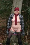 Barby. Barby's Winter Woodland Walk Free Pic 6