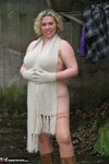 Barby. Barby's Winter Woodland Walk 2 Free Pic 2