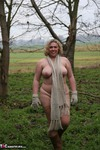 Barby. Barby's Winter Woodland Walk 2 Free Pic 12