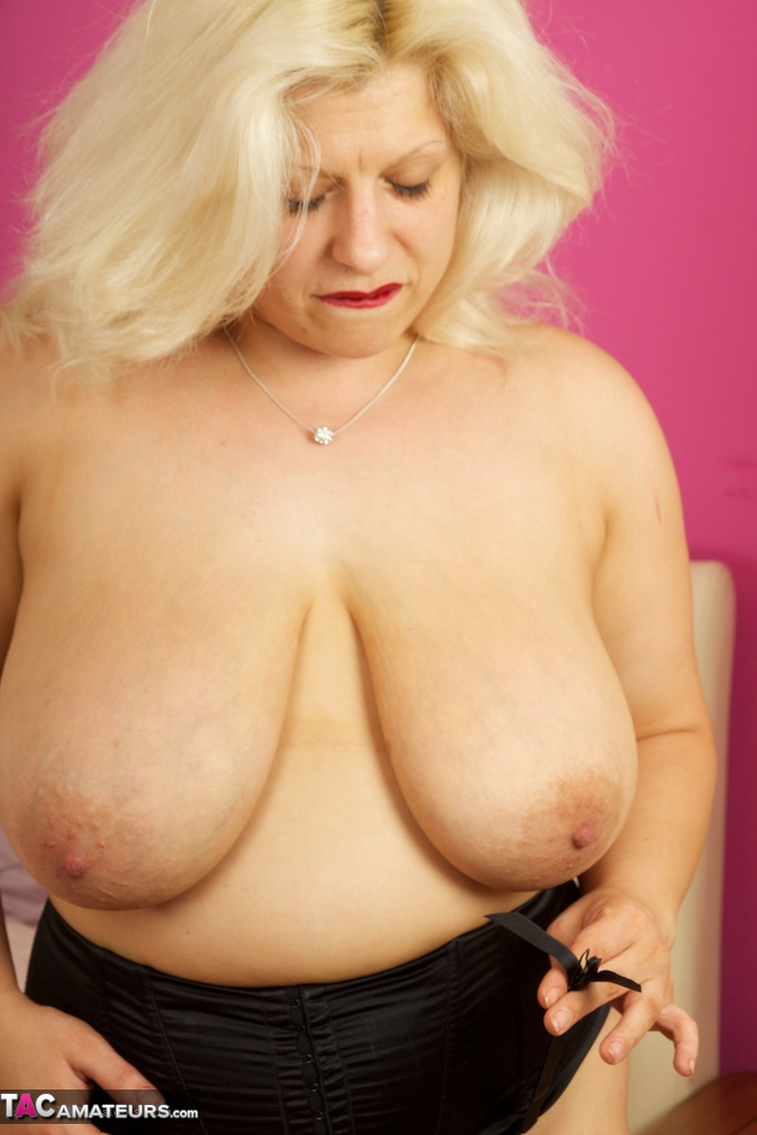 Hot chubby chasers