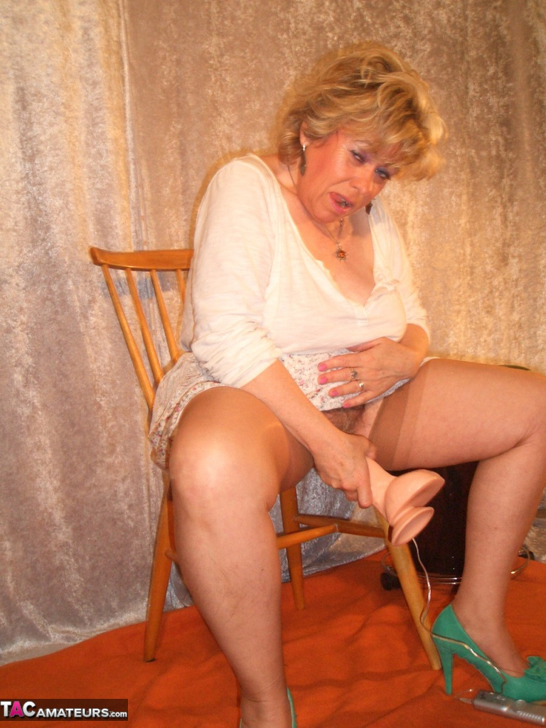 Old grandma with dildo-9627