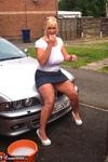 Melody. Car Wash Free Pic 1