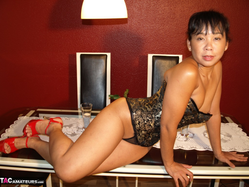 Asian deepthroat melissa