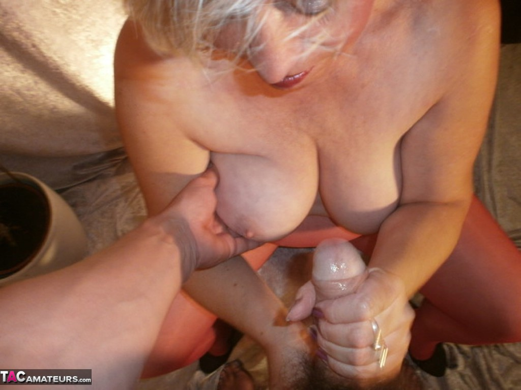 A cum on my wedding ring 8
