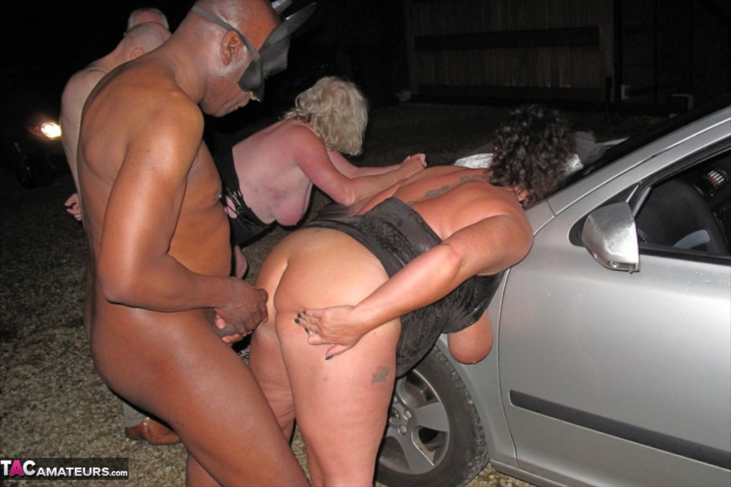 Chubby amateur fucked by strangers in dogging sex