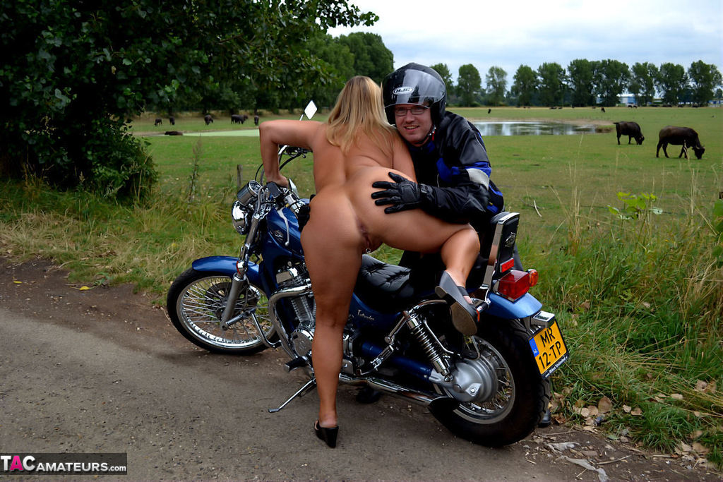 Biker babe amateur naked