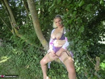 Barby. Sunday Afternoon Stroll Free Pic 7