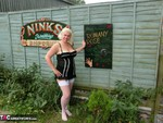 Barby. Barby In The Caravan Free Pic 1