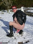 Mary Bitch. Red Head In The Snow Free Pic 13