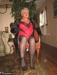Girdle Goddess. On Your Knees Free Pic 3
