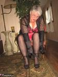 Girdle Goddess. On Your Knees Free Pic 4