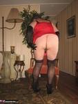 Girdle Goddess. On Your Knees Free Pic 10