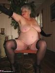 Girdle Goddess. On Your Knees Free Pic 14
