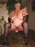 Girdle Goddess. On Your Knees Free Pic 16