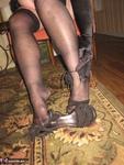 Girdle Goddess. On Your Knees Free Pic 20