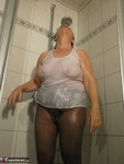 Caro. Fully Dressed Shower Pt1 Free Pic