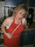 Caro. Wooden Spoon & Courgette Free Pic 7