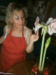 Caro. Wooden Spoon & Courgette Free Pic 12