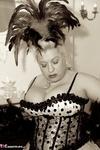 Gina George. Burlesque Free Pic 3