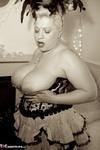 Gina George. Burlesque Free Pic 11