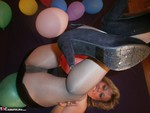 Caro. Balloon Crushing Pt1 Free Pic 11