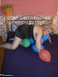 Caro. Balloon Crushing Pt1 Free Pic 12