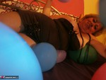 Caro. Balloon Crushing Pt1 Free Pic 14
