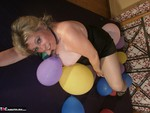 Caro. Balloon Crushing Pt2 Free Pic